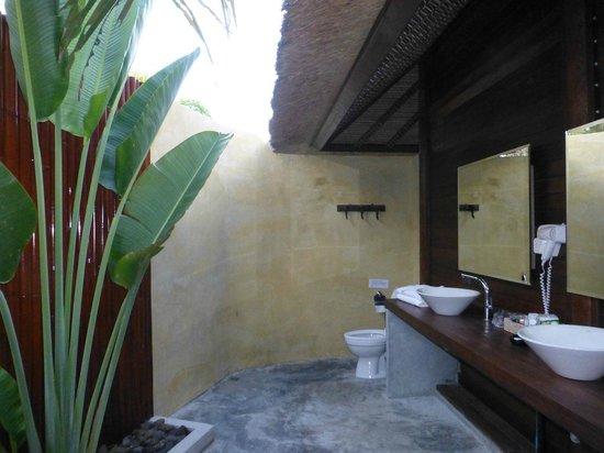 Mali Resort Pattaya Beach Koh Lipe: Bagno