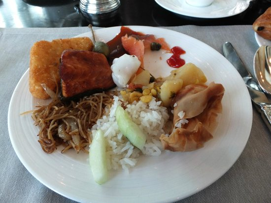 The Fullerton Bay Hotel Singapore: My breakfast