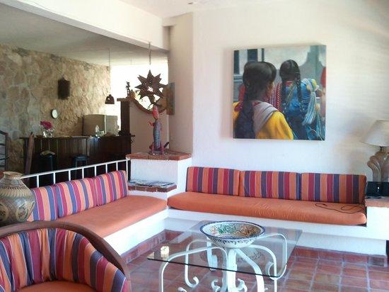 Casa de los Arcos: Living Room - Casa Grande
