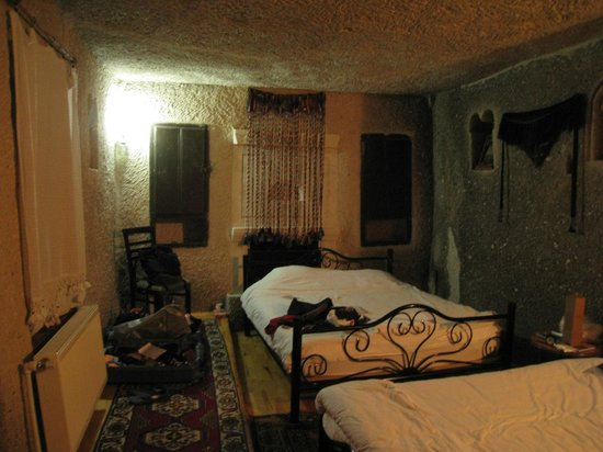 Elif Star Caves : Cozy cave room
