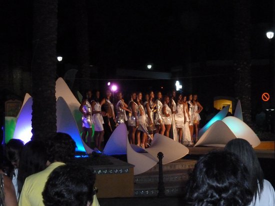 Renaissance Curacao Resort & Casino: International Carnival Queen contestants