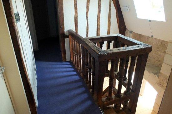 Le Puits Doré : l'escalier du XVIIème siècle