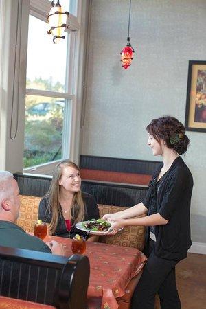 Garden View Restaurant at the Oregon Garden Resort