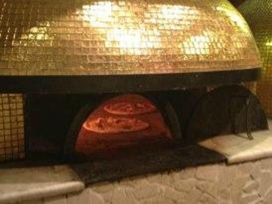 Rossopomodoro Afragola: il forno d'oro