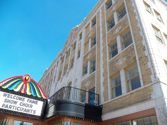 Genesee Theatre: front of the theater