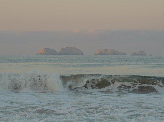 aube sur les rochers en face de playa blanca