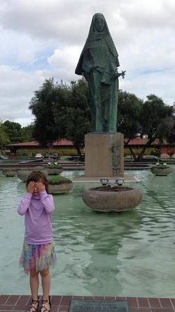 Statue of Saint Clare: angel