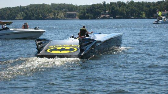 Dog Days Bar & Grill: to the Bat Boat Robin!