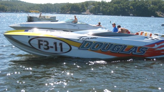 Dog Days Bar & Grill: let's race