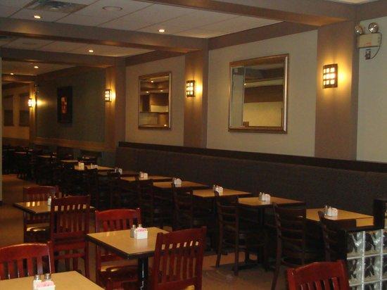 73 North: inside dinning
