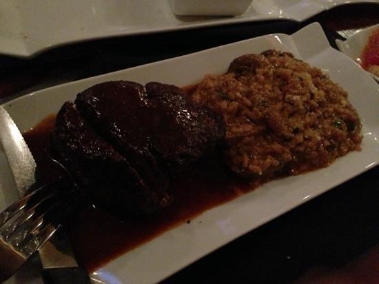 Swifty's: steak