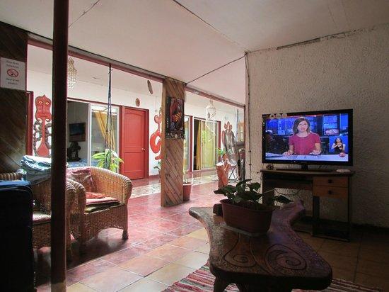 Residencial Tekena Inn : zona de estar frente a recepcion