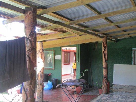 Residencial Tekena Inn : entrada desde patio interior