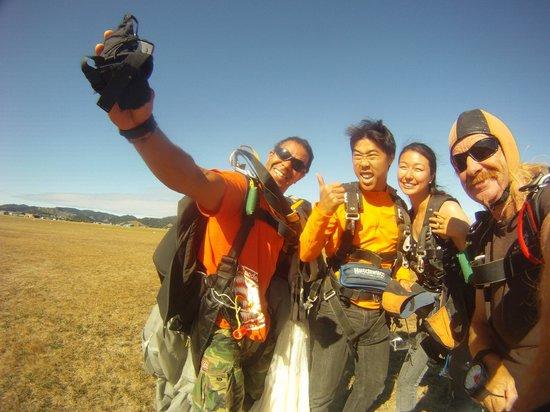 Skydive Ballistic Blondes Whangarei: .