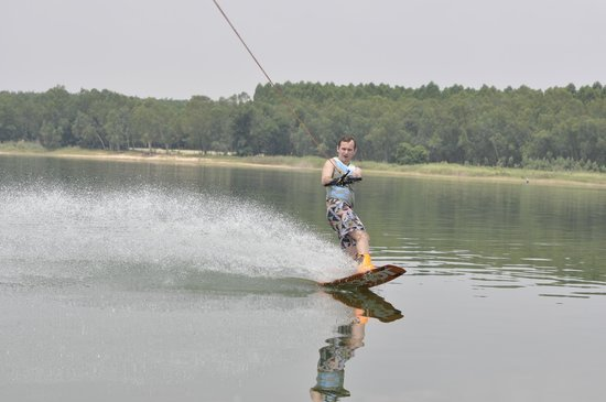 Wakeboarding Thailand Camp: Wakeboarding