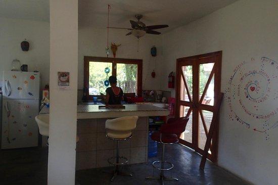 Hostel La Buena Onda : a pic of the kitchen