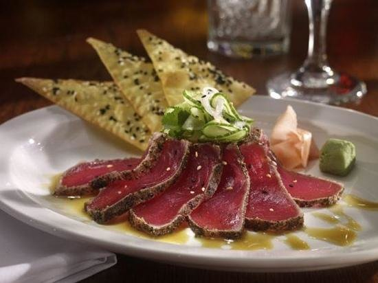 Seared ahi tuna picture of mitchell 39 s fish market for Fish restaurant stamford