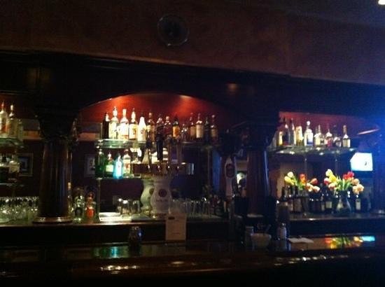 Marcello's Cucina Italiana : Full Bar!