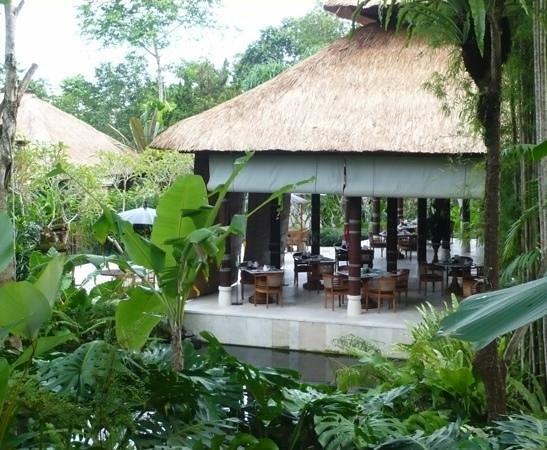 COMO Uma Ubud: Restaurant pavilion