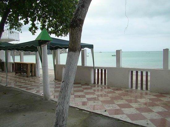 Hotel Chagra Ramos: To the beach