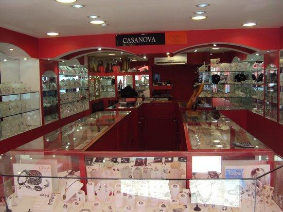 Casanova Fine Jewelry & Accessories