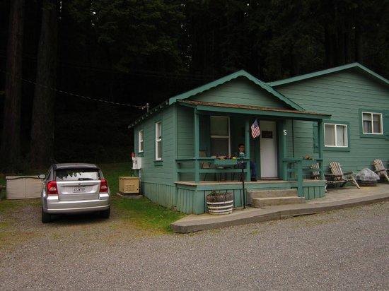 Redcrest Resort: Cabin 5
