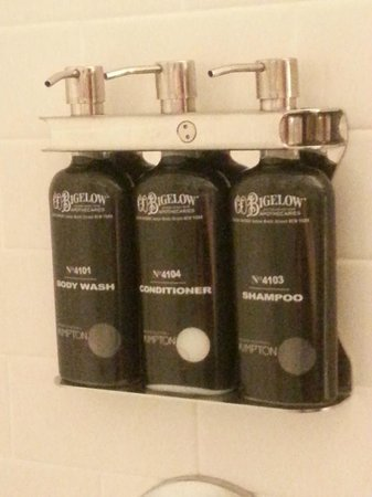 Kimpton Onyx Hotel: In-shower amenities