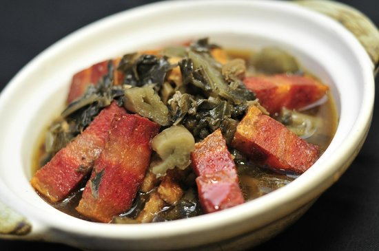 Man Yuan Fang: 梅菜烧肉煲 Pickled Mustard Cabbage with Braised Pork Belly in Claypot