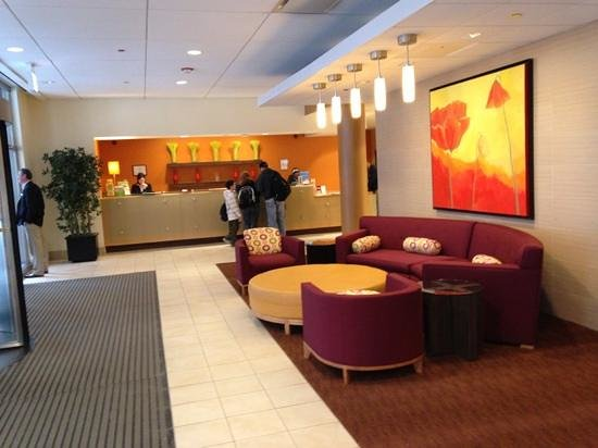 La Quinta Inn & Suites Chicago Downtown: hotel Lobby