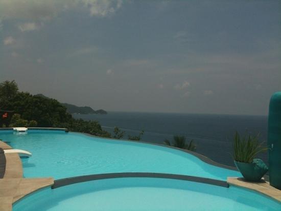 Aminjirah Resort: mid day
