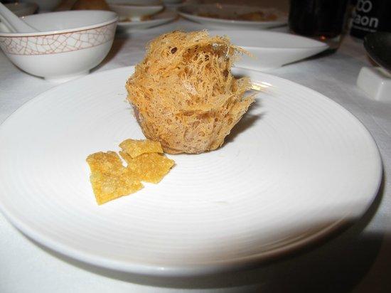 Shang Palace : Taro puff