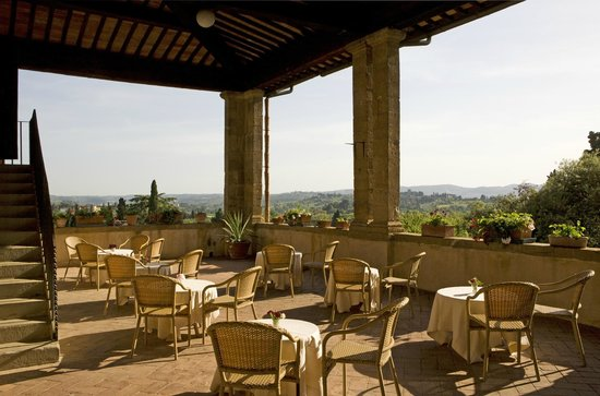 Breakfast terrace picture of torre di bellosguardo for Breakfast terrace