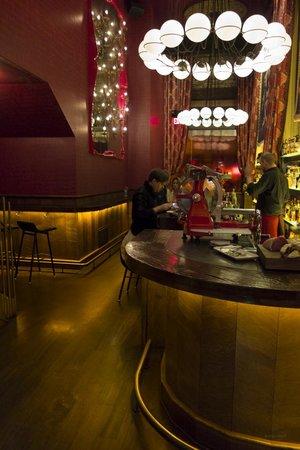 Gitane : bar area