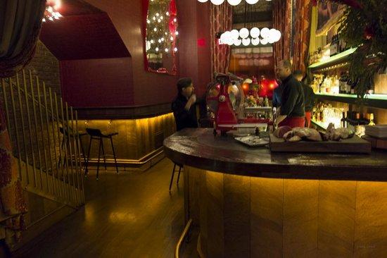 Gitane : the bar area