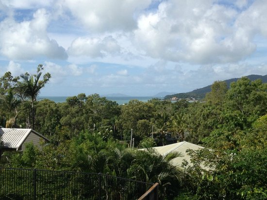 Airlie Beach Myaura Bed and Breakfast: view