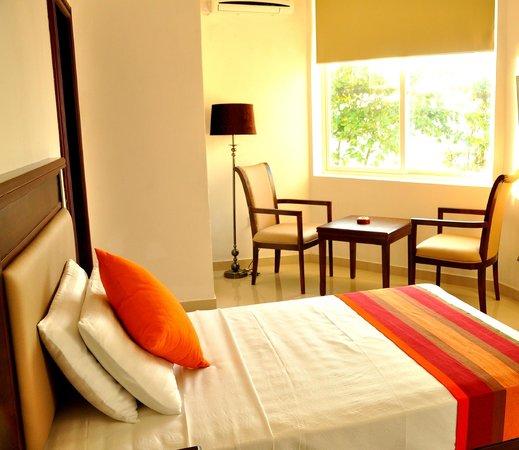 Sai Sea City Hotel (P) Ltd : Single Deluxe with Seaview