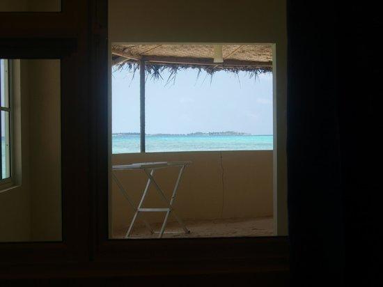 ไวท์เชลล์ บีช อินน์: View from room
