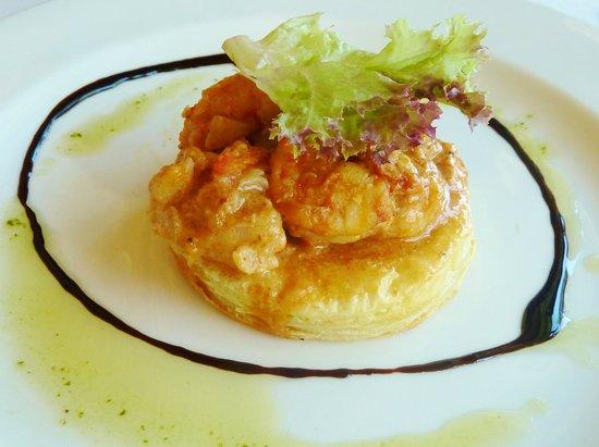 La Petite Ferme: prawn tart
