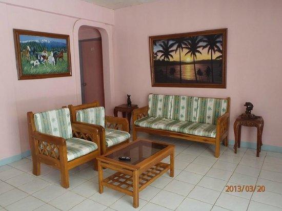 Villa Pillar: Lobby