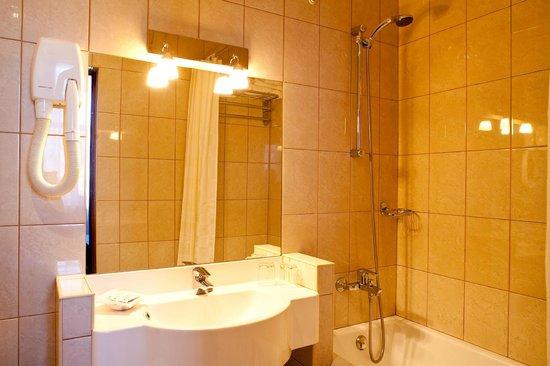 bathroom in comfort room picture of izhora hotel st petersburg rh tripadvisor com
