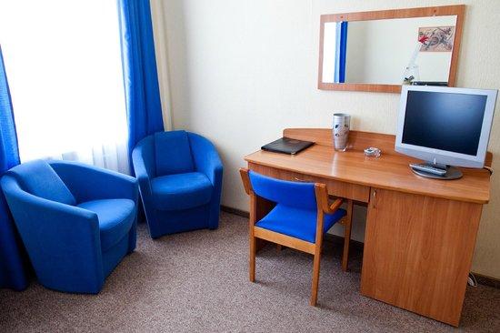 Izhora Hotel: Comfort room