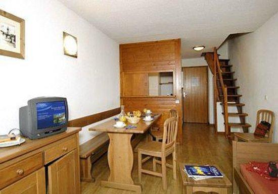 Résidence Odalys Les Hauts du Rogoney : Intérieur d'un appartement
