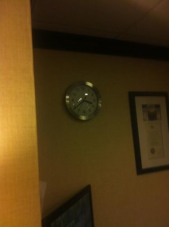 Holiday Inn Express Hotel & Suites Byram: 3:40 AM when this started