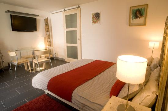 grande chambre avec un lit king size 160x200 - Picture of Villa ...