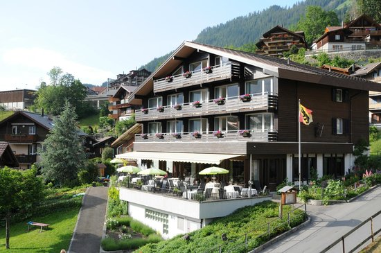 Photo of Hotel Baeren Wengen