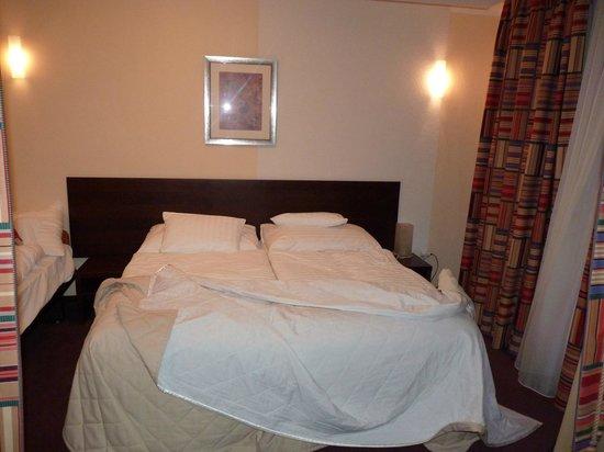 Hotel Hills: room