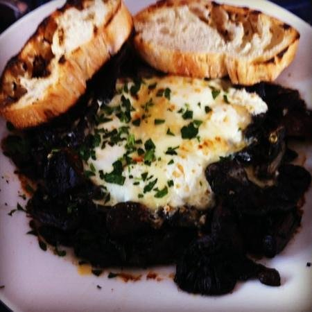 Smolt: baked eggs with mushrooms...yummo!