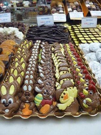 Hotel de Orangerie: Its Easter!