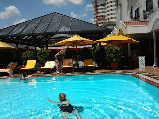 Sarova Stanley: Roof Pool