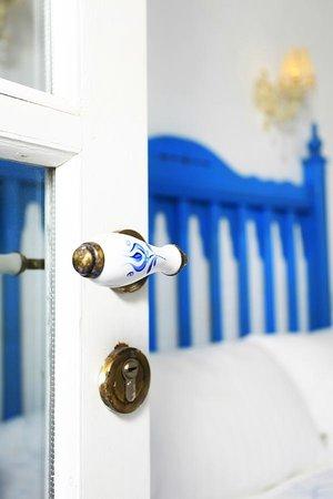 Mavi Beyaz Hotel: Mavi Beyaz room